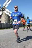 004 Marathon Mont Saint Michel 13-05-2012